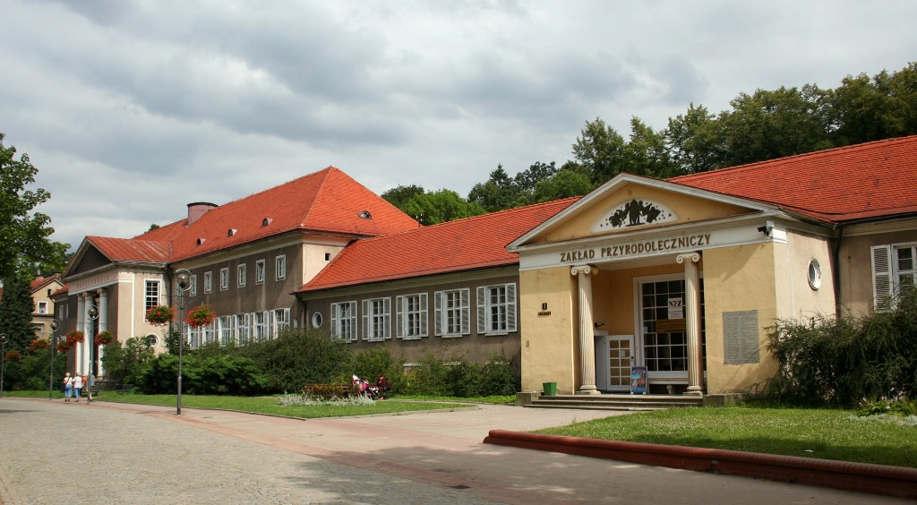 Szczawno-Zdrój_Zakład_Przyrodoleczniczy_25.07.2011_p